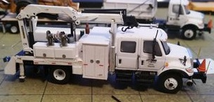 LACYCUSTOMNSRAILTRUCK200PIC1