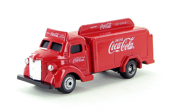 Motor city classics coca cola 1947 bottle truck in red for Motor warranty services of north america